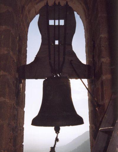 campana pequeña o dominguera