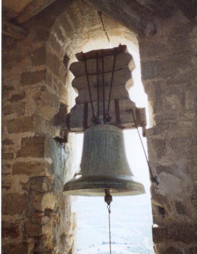 campana mediana